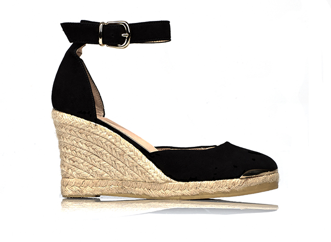 Comfy Shoes To Wear With Floaty Dress