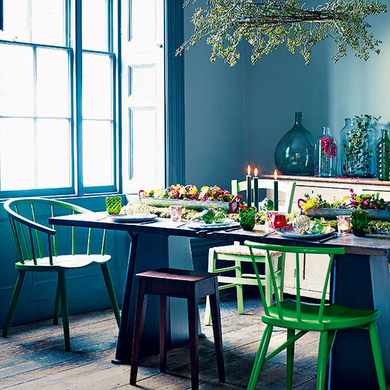10 reasons to update your home with colour this christmas for Dining room ideas teal
