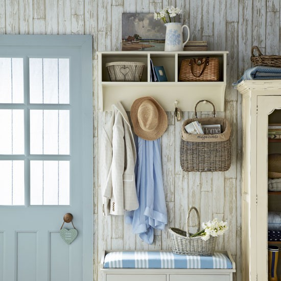 House Decorating Ideas Turning Your Space Into A Plush: Turn Your Hallway Into A Happy Space With 11 Simple Ideas