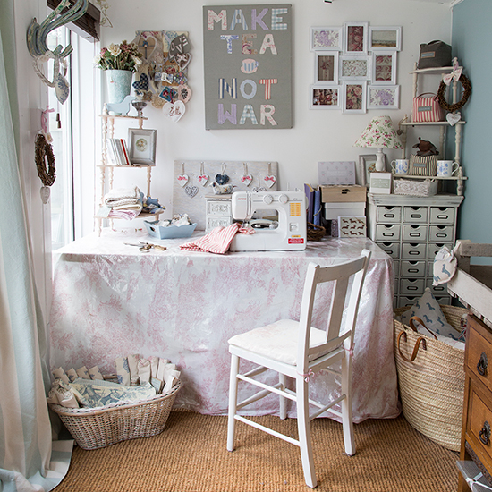 Shabby chic style why it 39 s the only trend that matters - Small space sewing area style ...