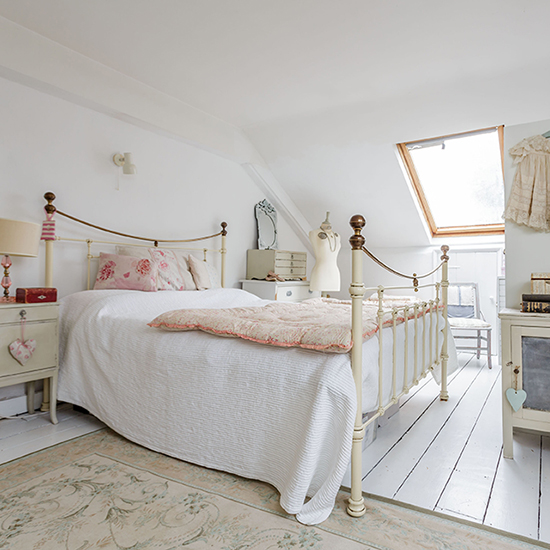 Shabby chic style why it 39 s the only trend that matters - White country style bedroom furniture ...