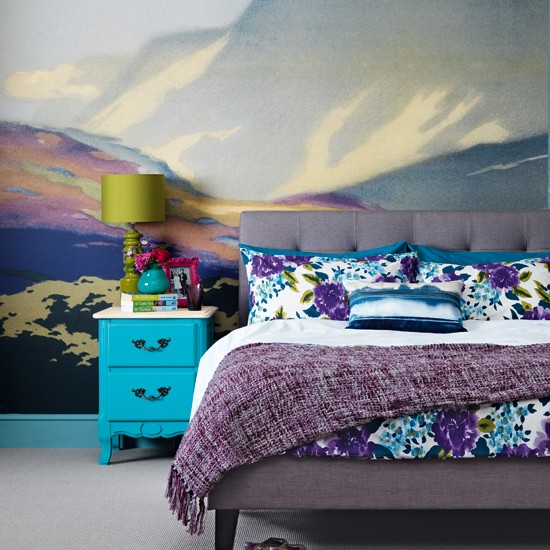 Spruce Up Your Bedroom In 9 Easy Steps