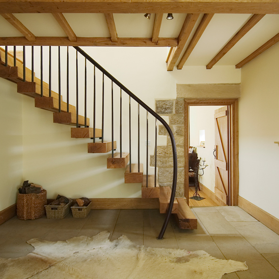 25 Pretty Painted Stairs Ideas: Modern Hallways