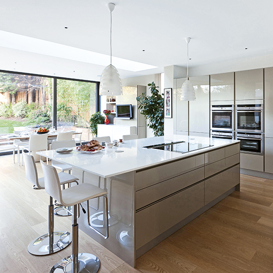 Create space for the open plan kitchen of your dreams for Kitchen design 6m x 4m