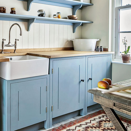 Bespoke And Handmade Kitchens: Bring A Handmade Feel To Your Country Kitchen In 5 Easy Steps
