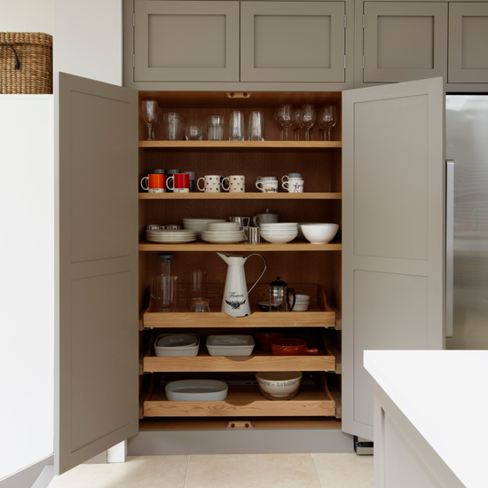 How To Get Rid Of Ants In Kitchen Cabinets: 4 Ways To Give Your Country Kitchen Artisan Style