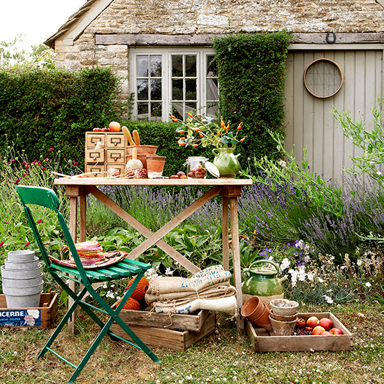 7 Diy Vintage Garden Projects For The Bank Holiday_533086 on Shabby Chic Painted Furniture