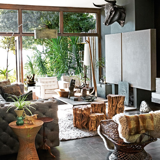 City living goes tropical for Jungle living room ideas