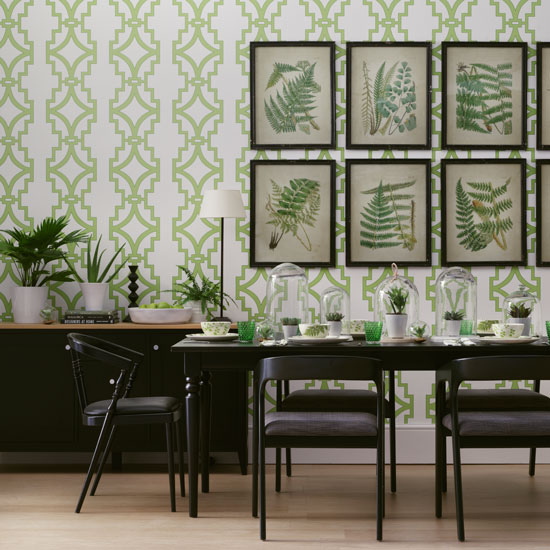 Why we can 39 t get enough of the botanical trend here 39 s 4 looks you 39 ll love - Trend wallpaper dining ...