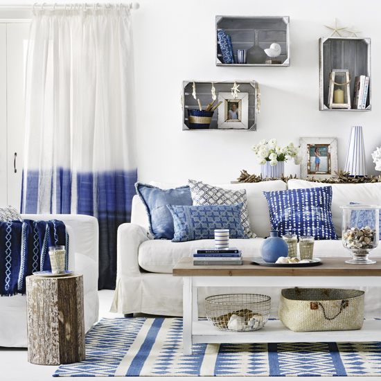 Bring The Shore Into Home With Beach Style Living Room: 6 Ways To Give Your Home A Chic Ibiza Look