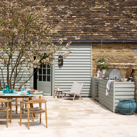 7 Ways To Create The Perfect Outdoor Kitchen