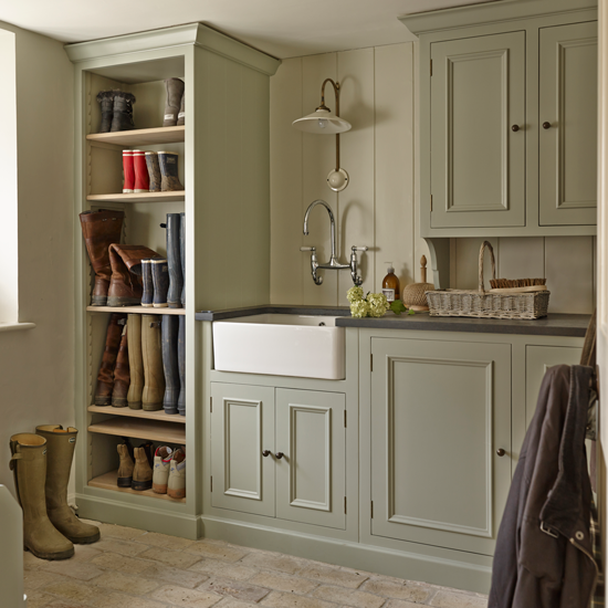 Storage ideas for beautiful boot rooms for Utility rooms uk