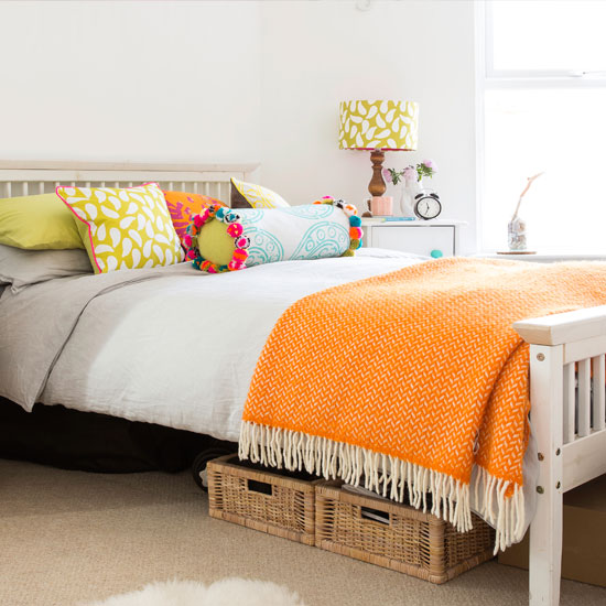 10 Ways To Make Your University Bedroom Cosy