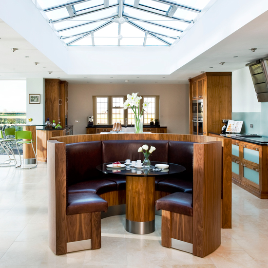 Round Kitchen Island With Seating: Kitchen-diners That Are Rocking A Bench Seat