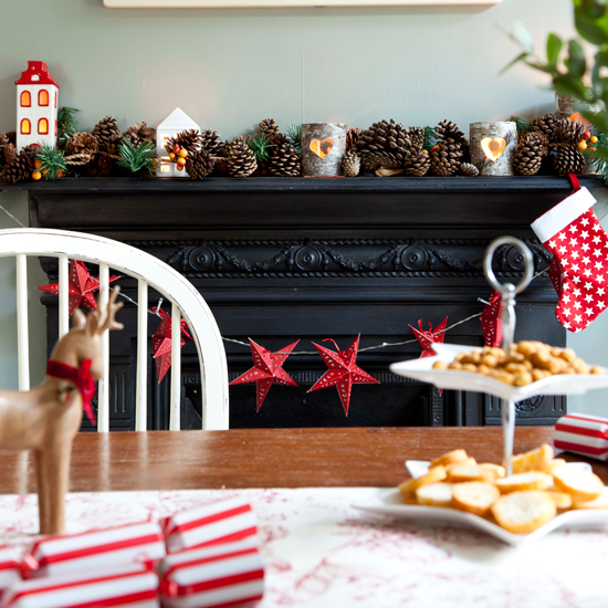 Cosy Country Christmas Fireplaces