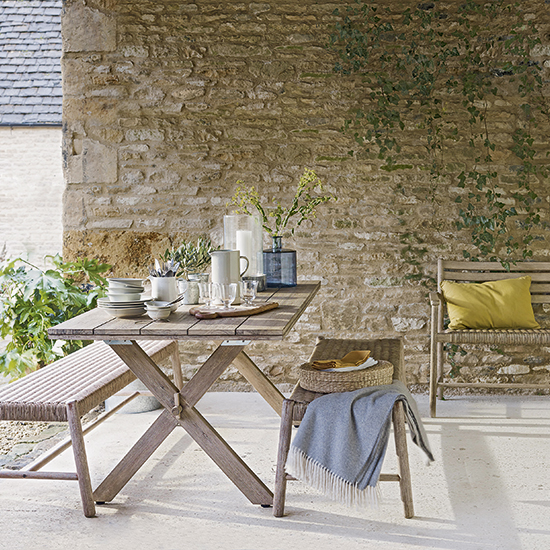 8 Outdoor Dining Sets For A Sociable Summer In The Country