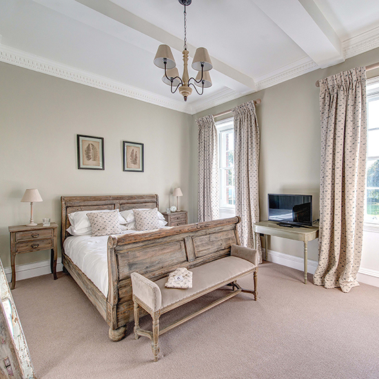 Luxe Boutique Hotel Style Anyone Can Steal: Kedleston